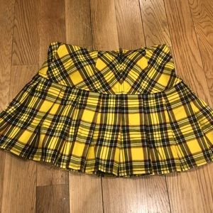 Dresses & Skirts - Yellow plaid mini skirt